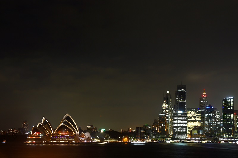 sydney-city-skyline-during-the-night-showing-the
